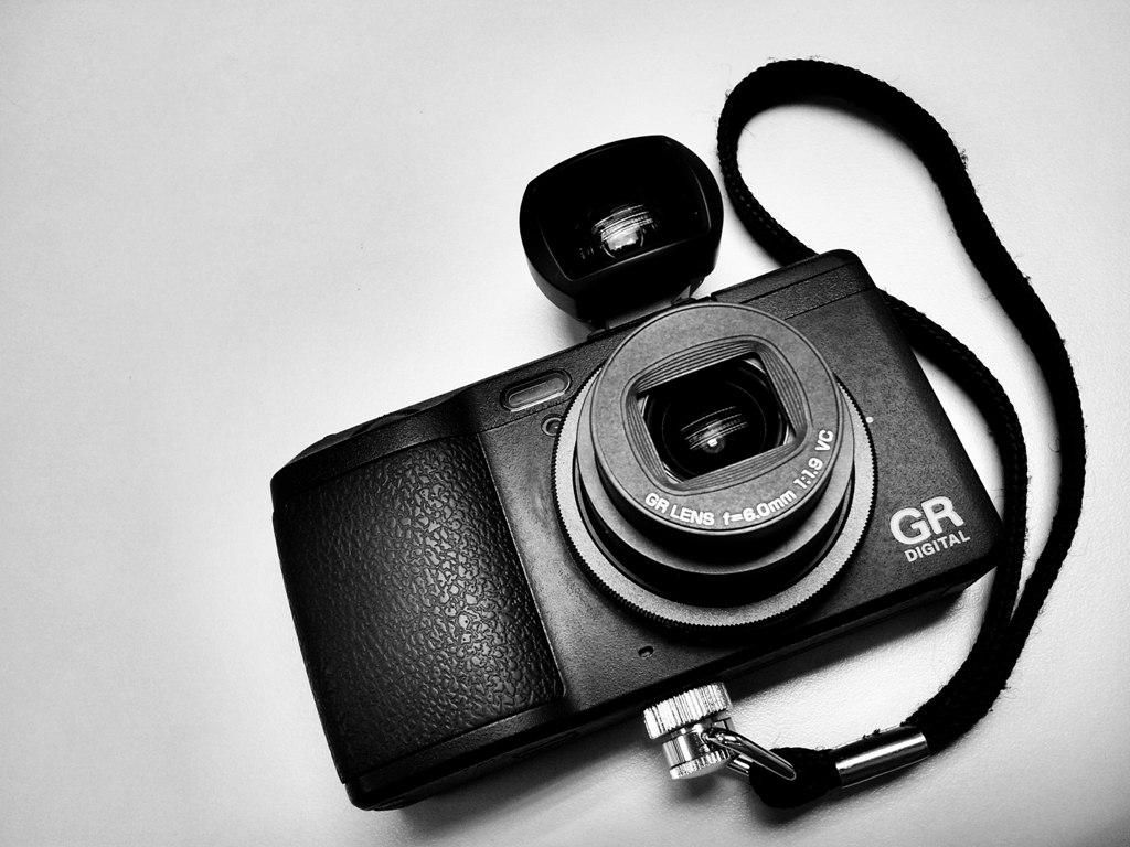 Ricoh GV-2 Optical Viewfinder – The Love & the Hate  – ALAN